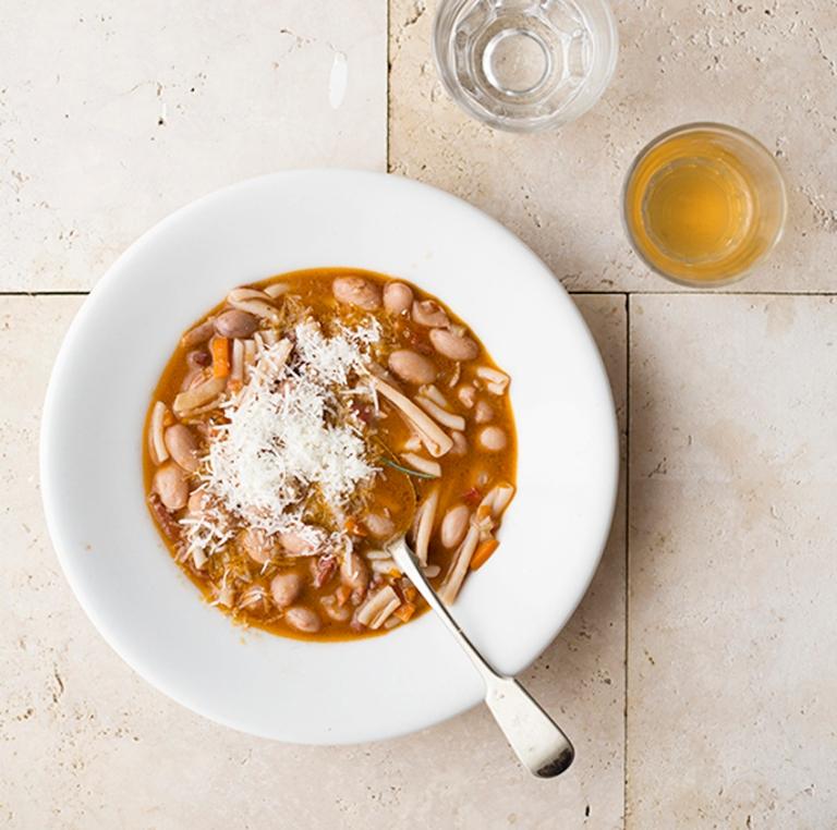 Pasta e fagioli-whitebowl-web