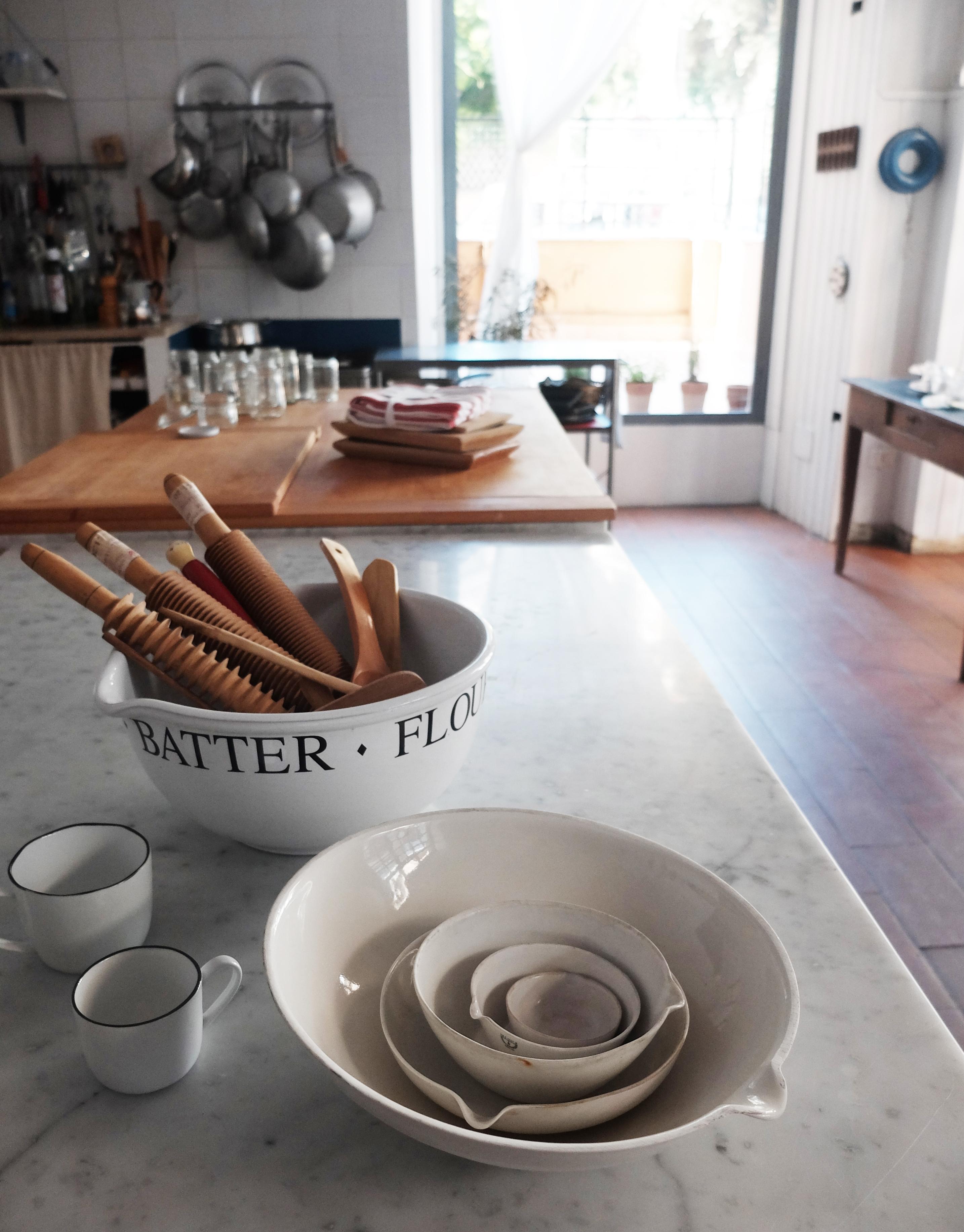 kitchenwithutensils